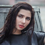 Mahira Khan faces the heat, ousted from Raees