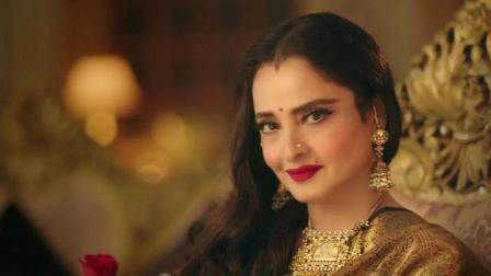 Rekha: Lesser Known Facts About The Golden Diva of Bollywood